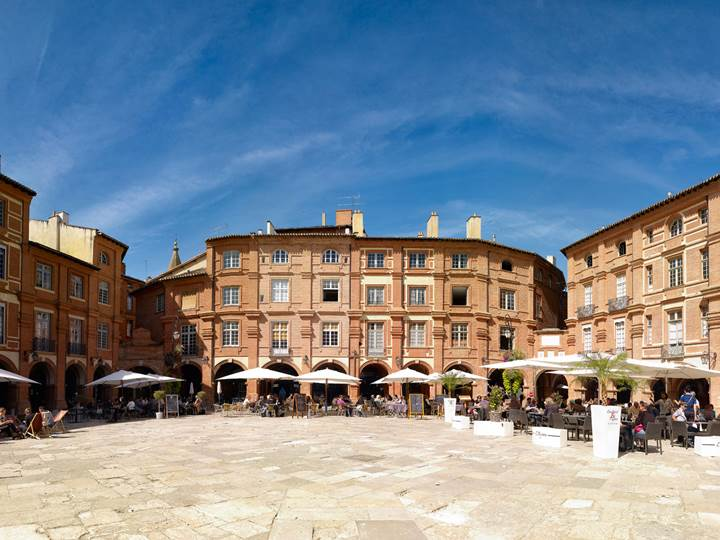 Montauban, place Nationale